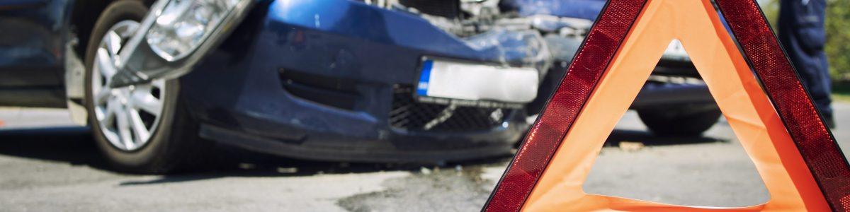 accidente de coche golpe en la cabeza